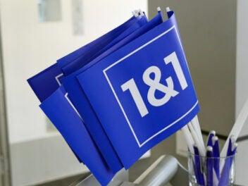 1&1 Logo auf Fahne
