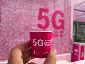 5G-Kaffeebecher der Telekom.