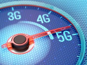 Mobilfunk-Standards 3G, 4G, 5G auf einem Tacho