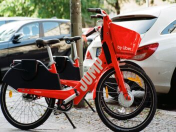 Jump E-Bike in Rot