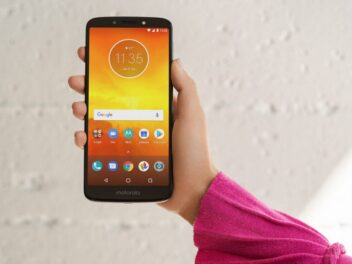 Das Motorola Moto E5 von vorne.
