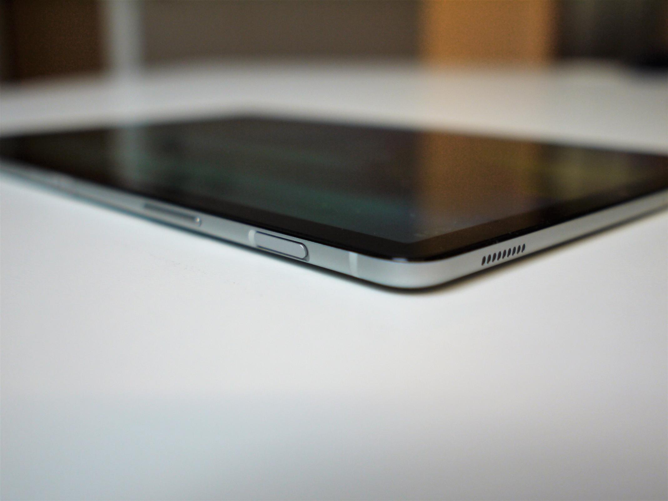 galaxy tab s5e samsung stellt das d nnste tablet auf dem. Black Bedroom Furniture Sets. Home Design Ideas