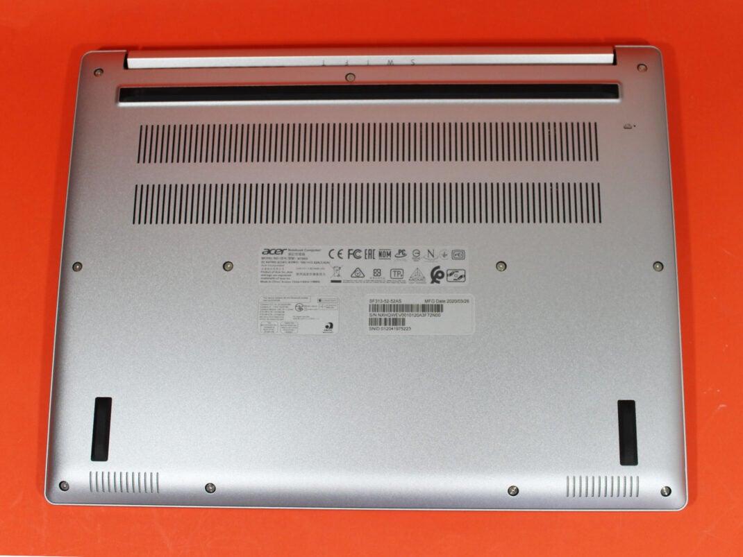 Unterseite des Acer Swift 3