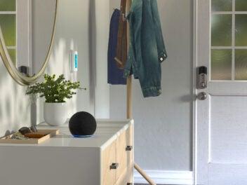 Der Amazon Echo Dot 4 Smart Speaker