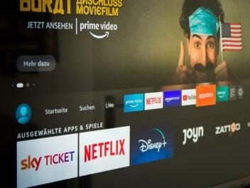 Amazon Prime Video, Netflix und andere Streaming-Anbieter auf einem Smart-TV
