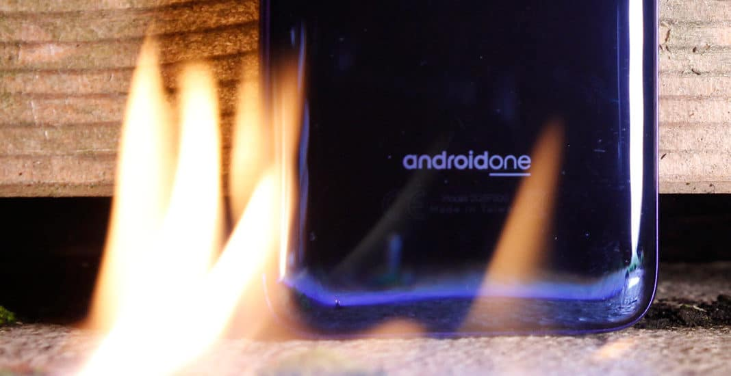 Android One Branding auf dem HTC U11 life