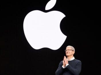 Apple Chef Tim Cook auf einer Keynote
