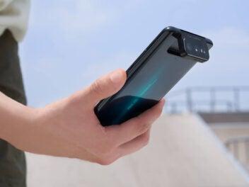 Asus Zenfone 7 Pro Flip Camera