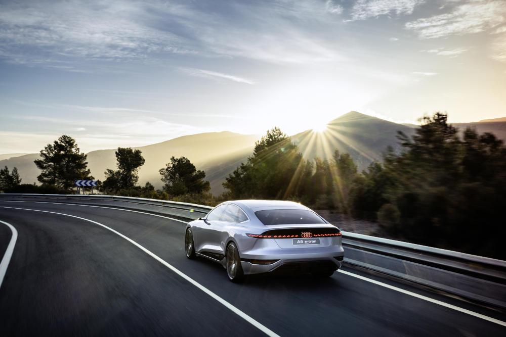 Audi A6 e-tron Concept Heck