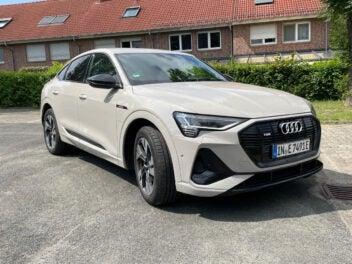 Audi e-tron Sportback S Line Front