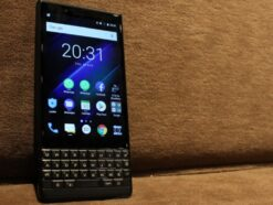 Blackberry KEY2 LE Titelbild Handy