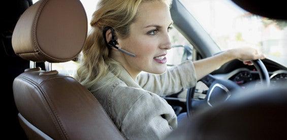 Bluetooth-Headset im Auto