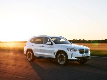 BMW iX3 Drive