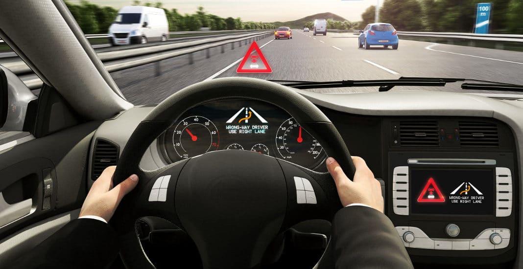 Bosch und Antenne Bayern warnen per App vor Falschfahrern.