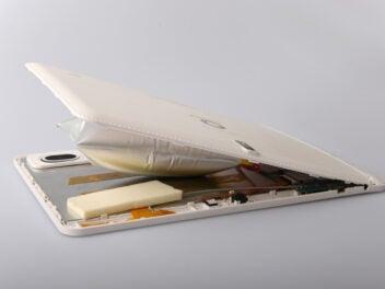 Aufgeplatztes Tablet