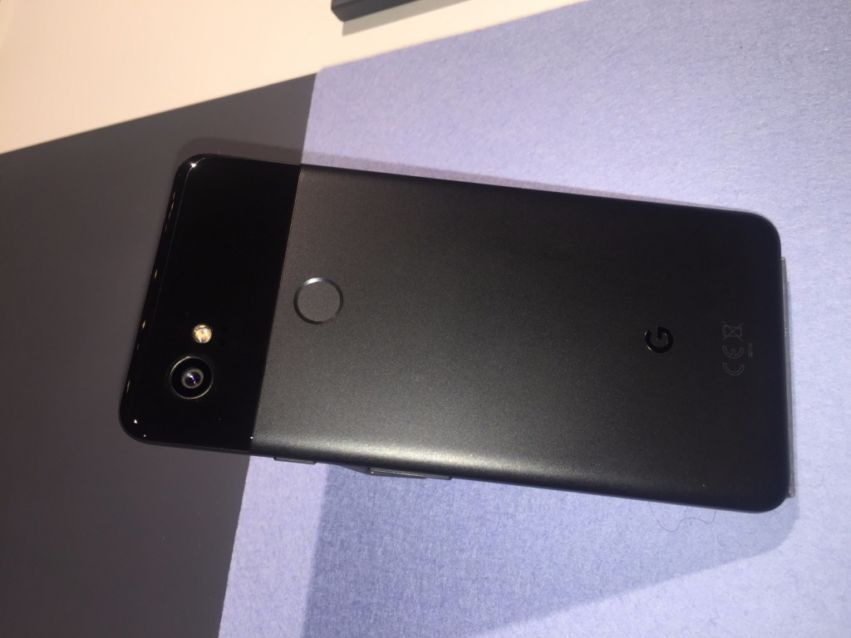 Google Pixel 2 (XL) im Hands-On