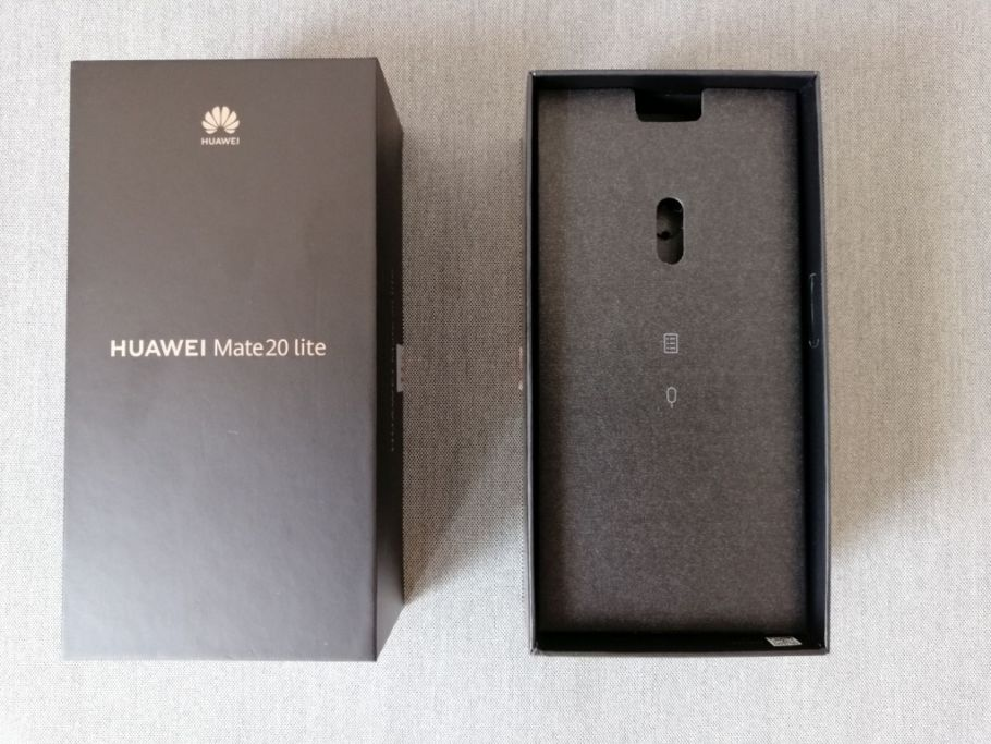 Huawei Mate 20 Lite im Test: Unboxing