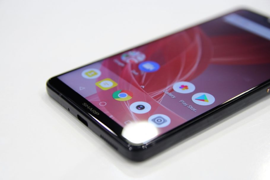 Sharp Aquos D10: Hands-On-Bilder