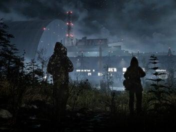 Das Atomkraftwerk von Tschernobyl bei Nacht.
