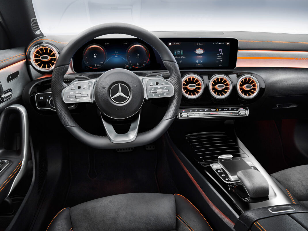 Das Cockpit des Mercedes-Benz CLA Coupe