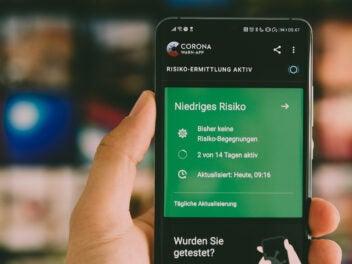 Corona-App der Bundesregierung auf einem Android-Smartphone
