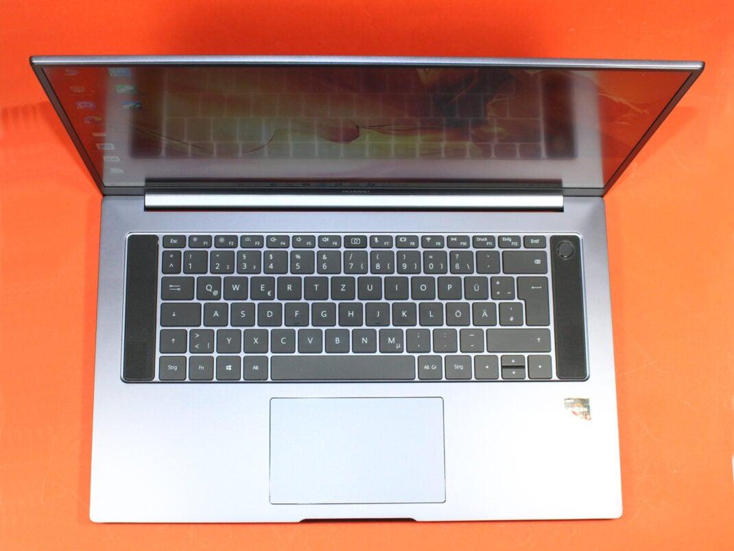 Tastatur des Huawei MateBook D16