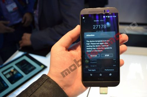 Das HTC One M9 wird im AnTuTu-Benchmark zu heiß