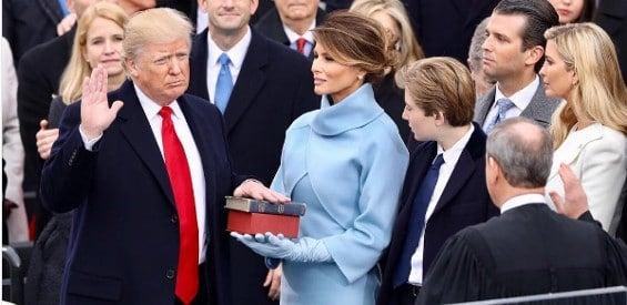 Donald Trump bei seiner Vereidigung zum 45. Präsidenten der USA