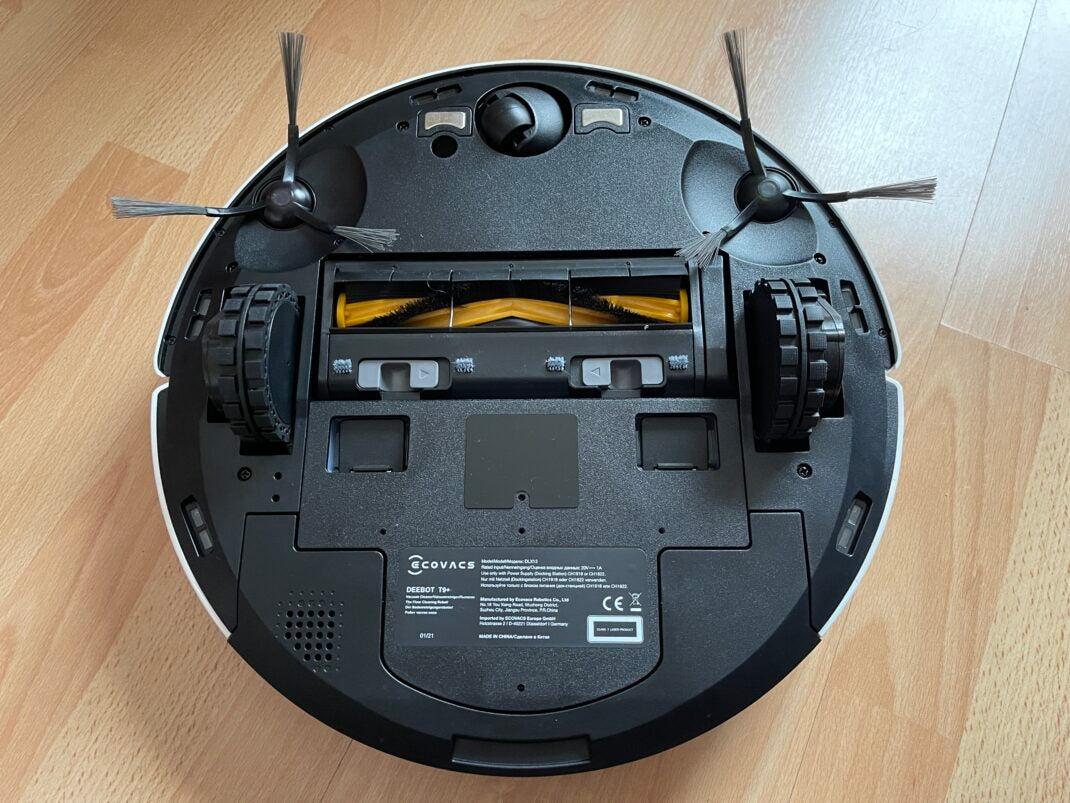 Der Ecovacs Deebot T9 von Unten