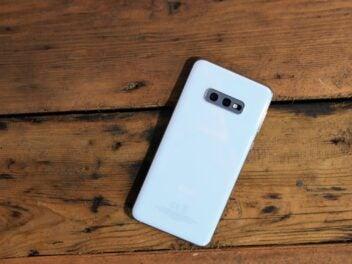 Hands-On Foto des Samsung Galaxy S10e