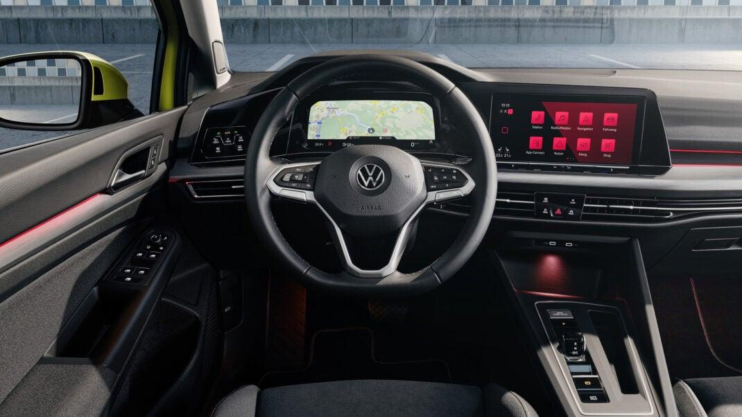 Das neue Cockpit des Golf 8