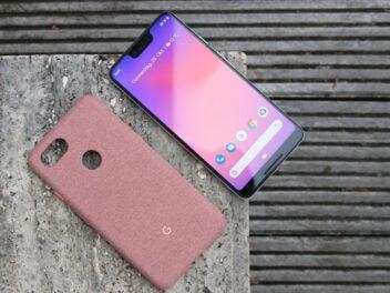 Google Pixel 3 Xl mit einer Smartphone-Hülle