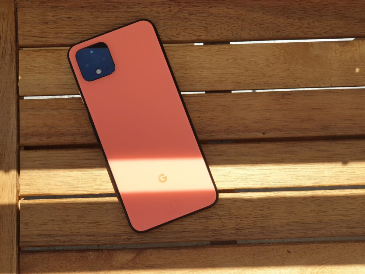 Das Google Pixel 4 in Orange
