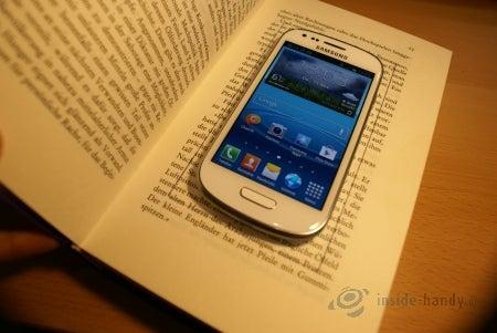 Größe des Smartphones wird aufgezeichnet...