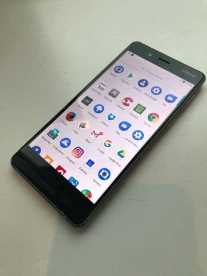Hands-On: Nokia 8