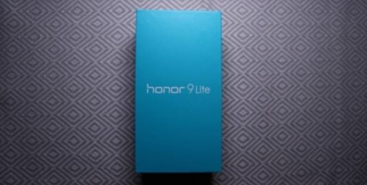Honor 9 Lite Unboxing