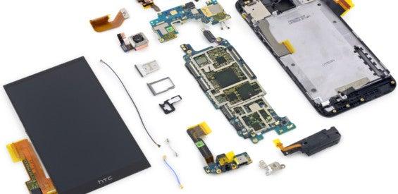 HTC One M9 auseinandergenommen