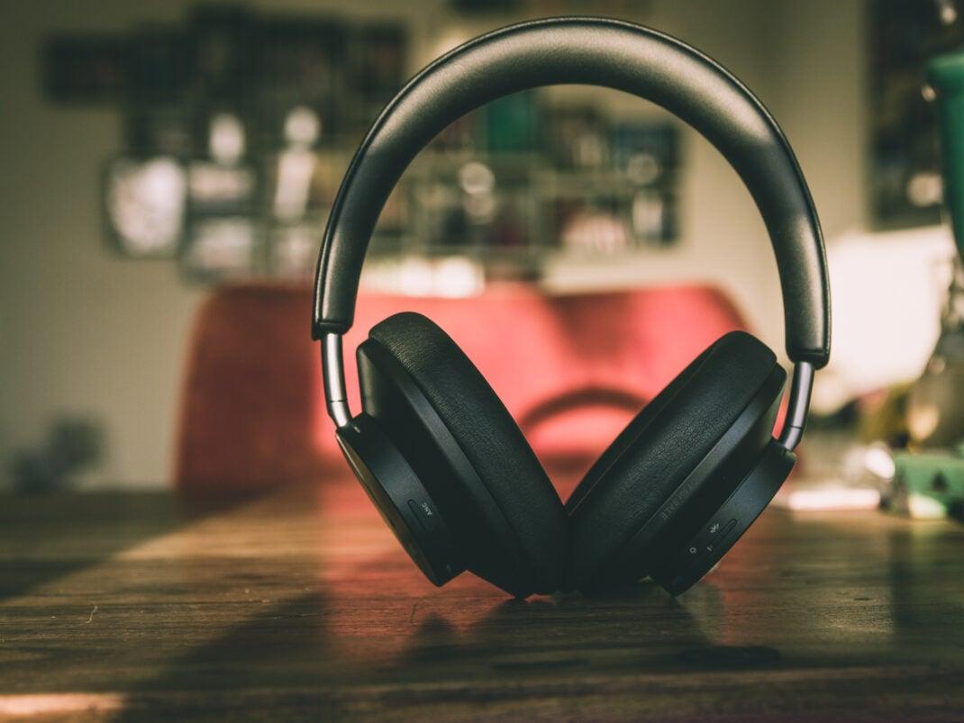 Das Huawei FreeBuds Studio überzeugt mit einem hohen Maß an Komfort und außergewöhnlichem Klang