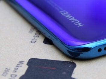 Huawei-schriftzug auf einem P30 lite