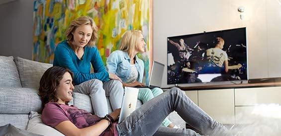 TV und Internet (Symbolbild)