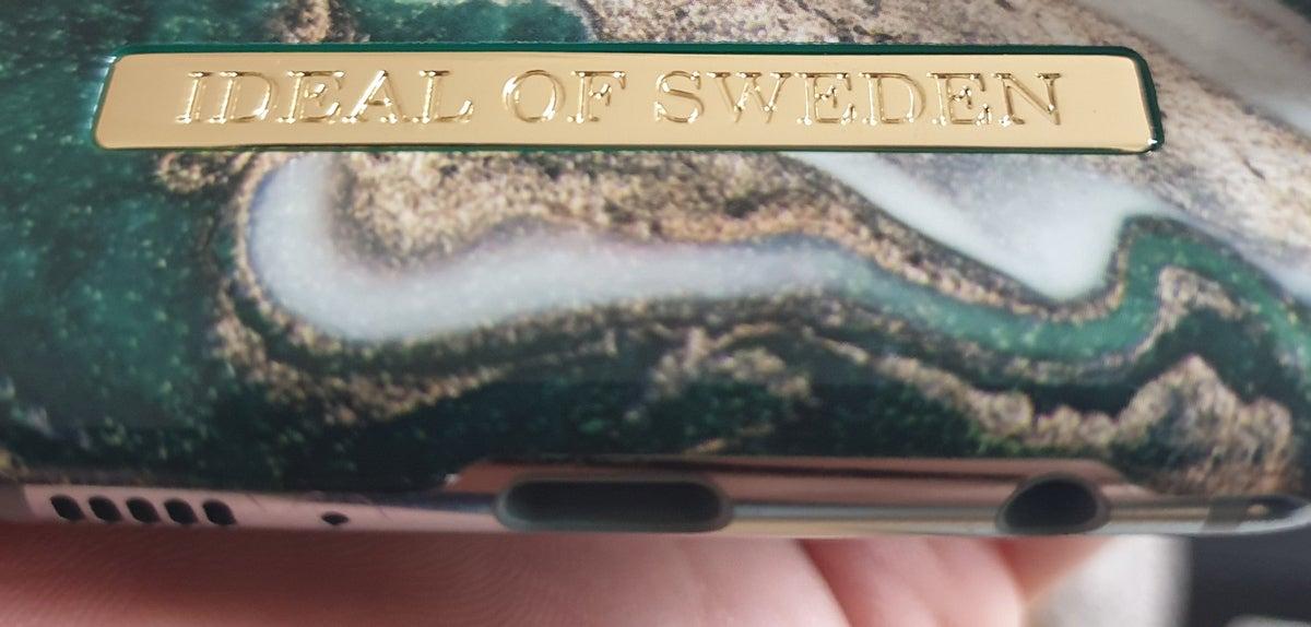 iDeal of Sweden Hülle Schriftzug