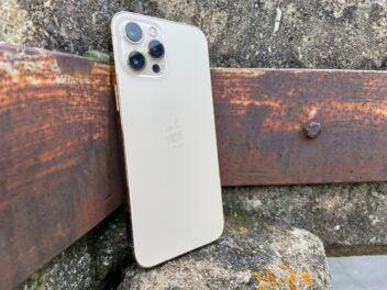 Die Rückseite des iPhone 12 Pro Max