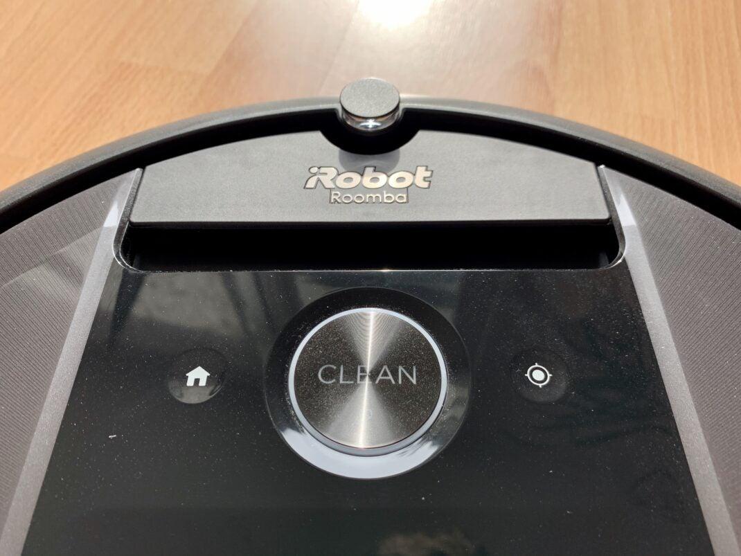 Das Bedienfeld des Roomba 17+