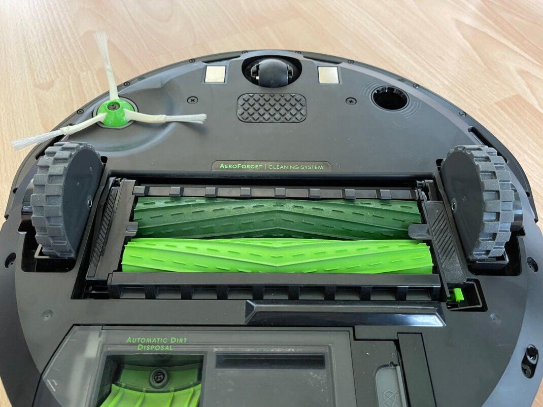Die Bürsten des iRobot Roomba i4