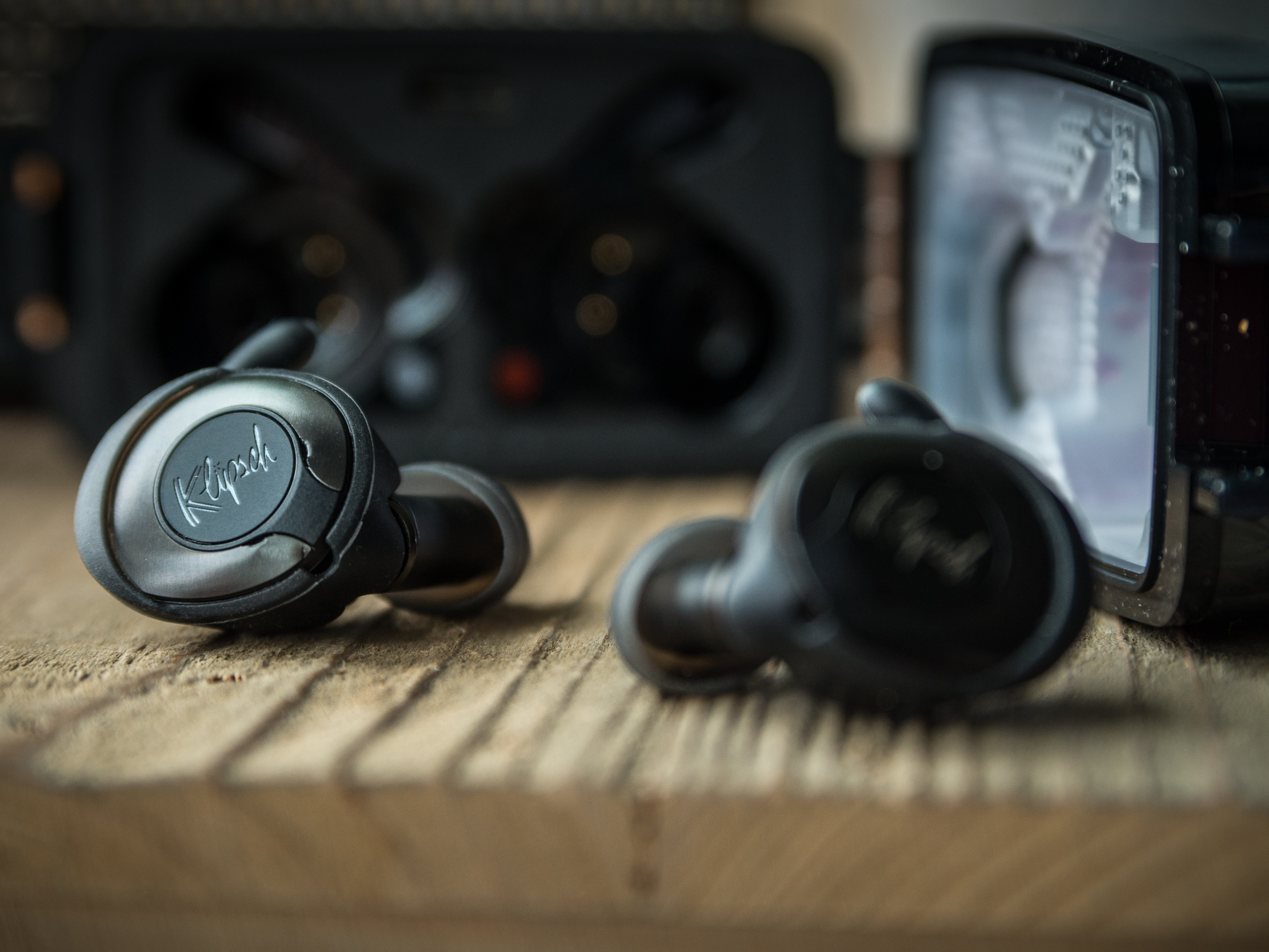 The sound of the clip headphones is unique