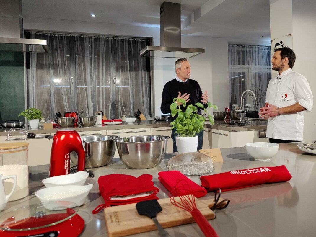 Ohne Vorbereitung läuft beim Kochen mit Vodafone, Nreal und Steffen Henssler nichts