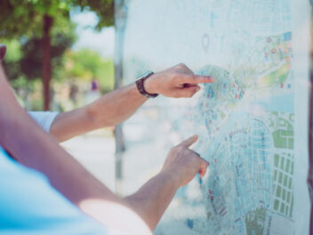 Analoge Landkarte im Sommer
