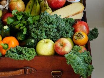 Obst und Gemüse in einer Box