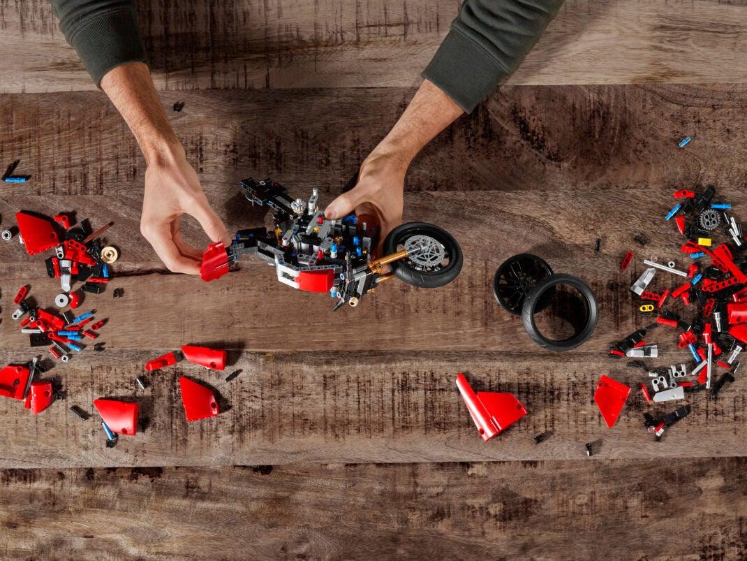 Lego Technic Bausatz Ducati Motorrad