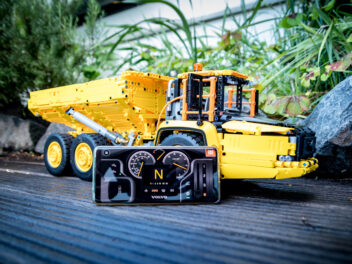 Lego Technic Volvo Dumper 42114
